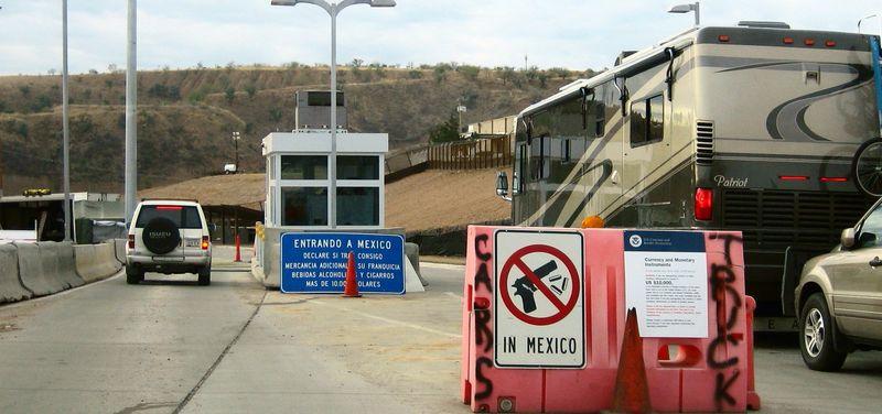 Border 5
