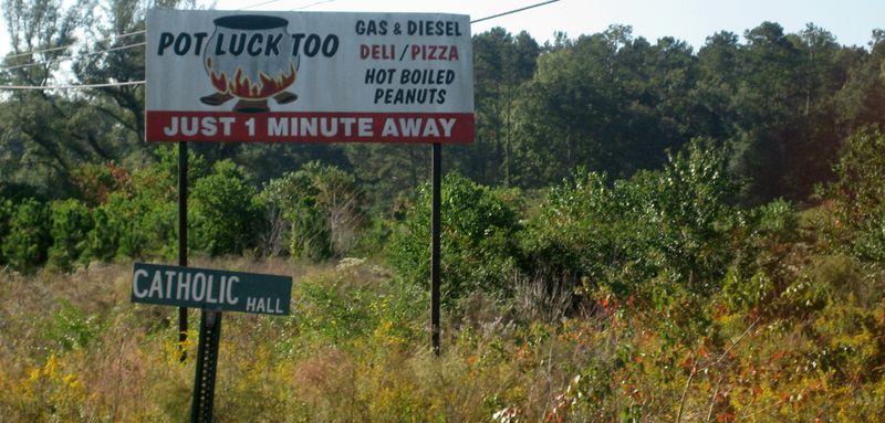 Hot boiled peanuts sign