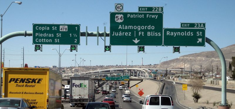 Turn off to the Mex border crossing and Ciudad Juarez