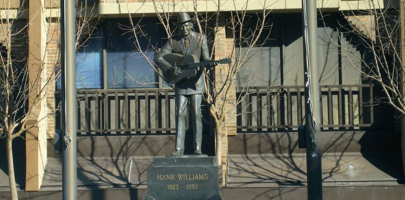 Statue of Hank Williams (1923 - 1953)