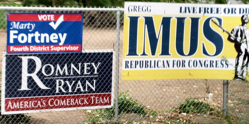 Lots of Romney signs