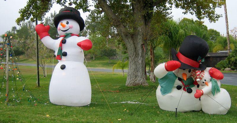 Snowmen on the lawn