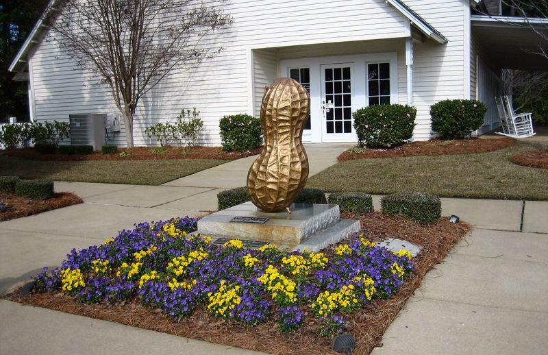 Golden peanut outside the Dothan Visitor Center
