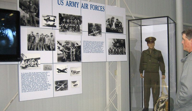 Air Force history and uniform