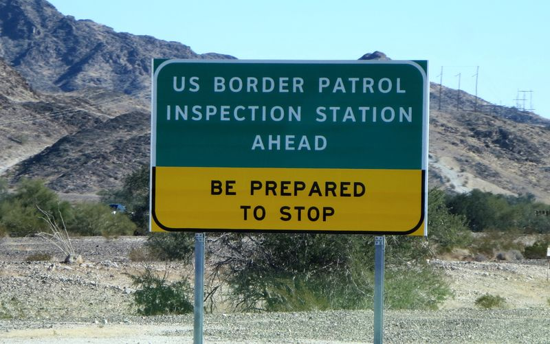 Border inspection sign