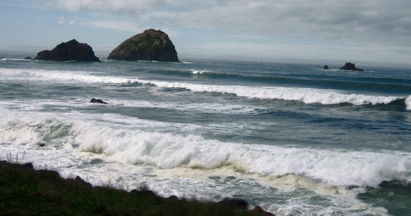 Crashing waves of the Pacific