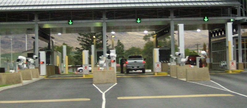 Canada US border crossing