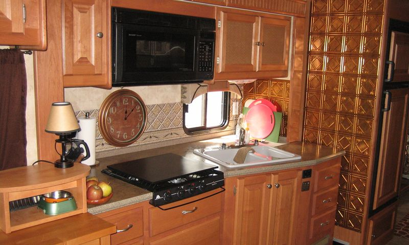 RV kitchen panels